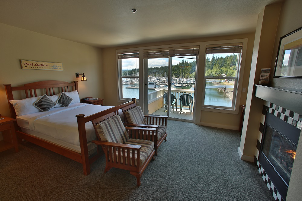 Balcony, Waterfront, Inn, Resort, Lodging, Olympic Peninsula