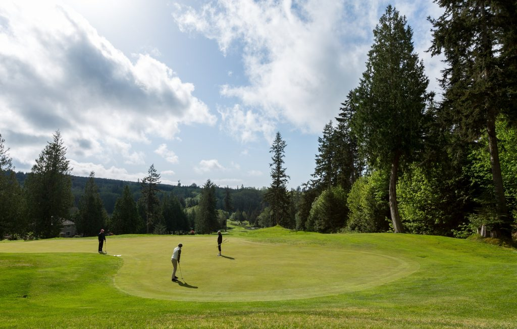 Golfers, Olympic Peninsula, Activities, Golf