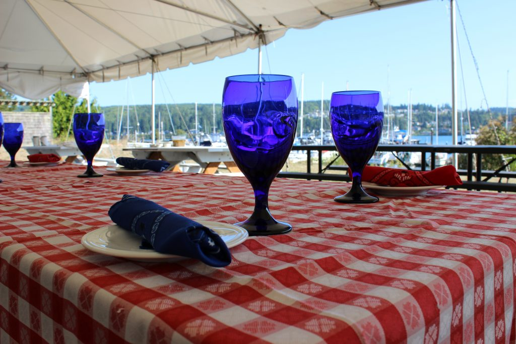 Place setting, Marina, Resort, Groups