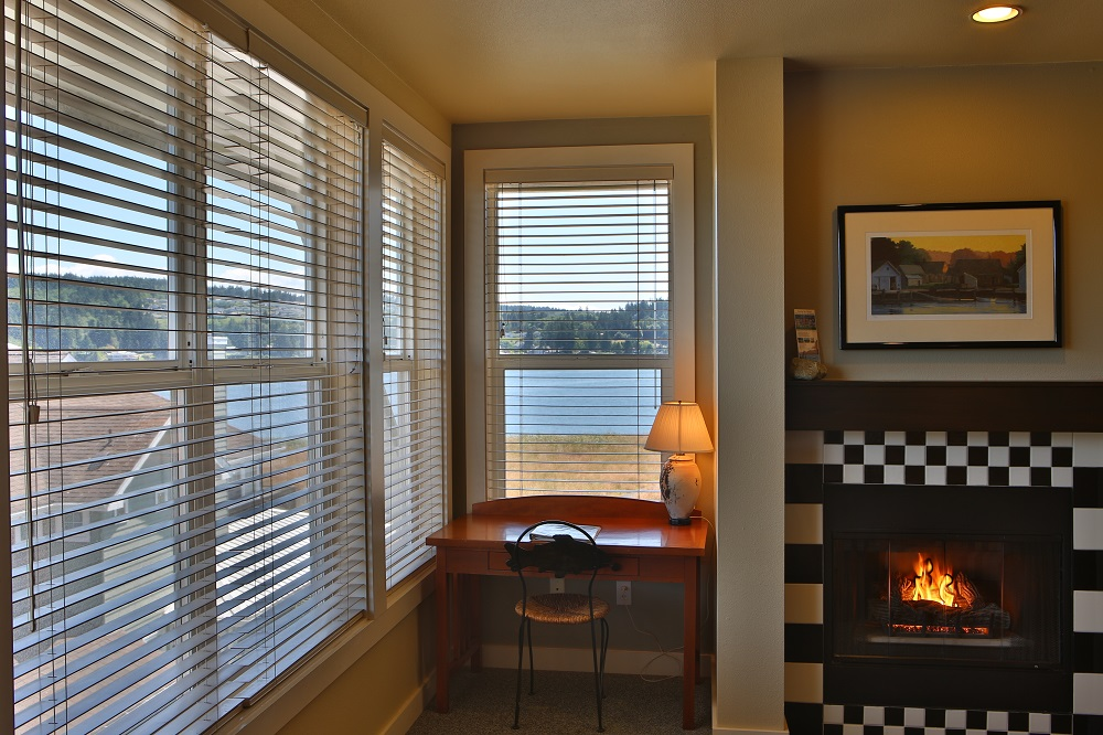 Fireplace, Guest Room, Water View, Olympic Peninsula