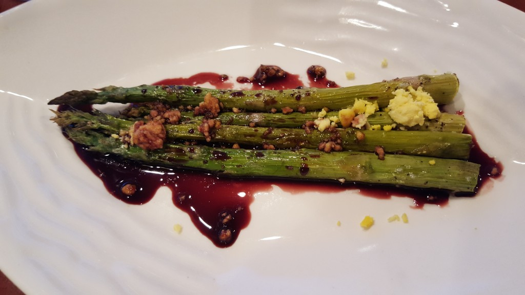 Asparagus, Waterfront Dining, Resort Dining