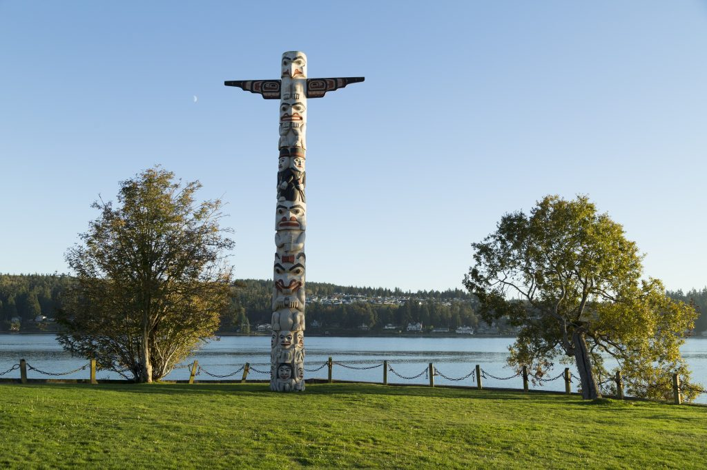 Totem Pole, Olympic Peninsula, Puget Sound